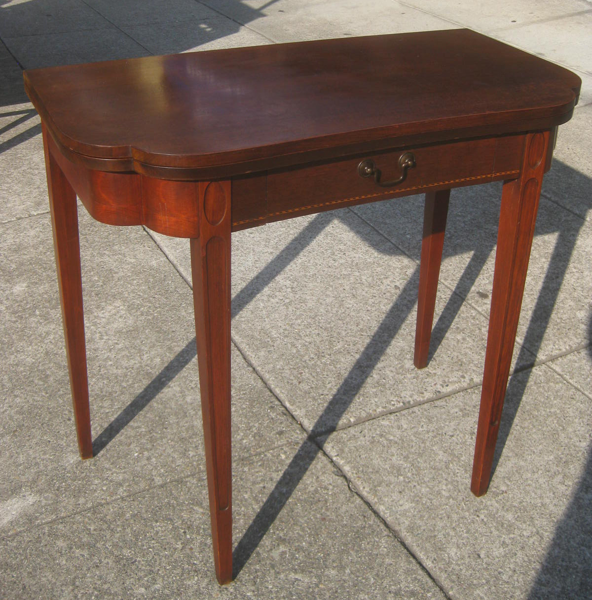 Eating Tables: UHURU FURNITURE & COLLECTIBLES: SOLD