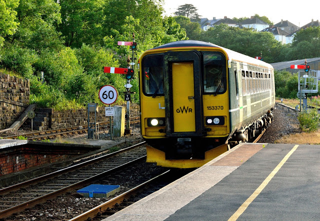 Photo of Great Western Railway Class 153 370 DMU Super Sprinter enters Truro railway station, Cornwall, 2017