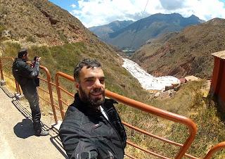 Pedro e Gilberto nas Salineras de Maras / Peru.