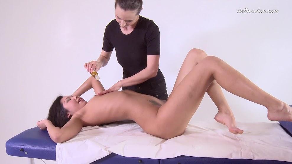 Defloration virgin Fuck first time-def.14.09.04.alga.ruhum.massage.mp4