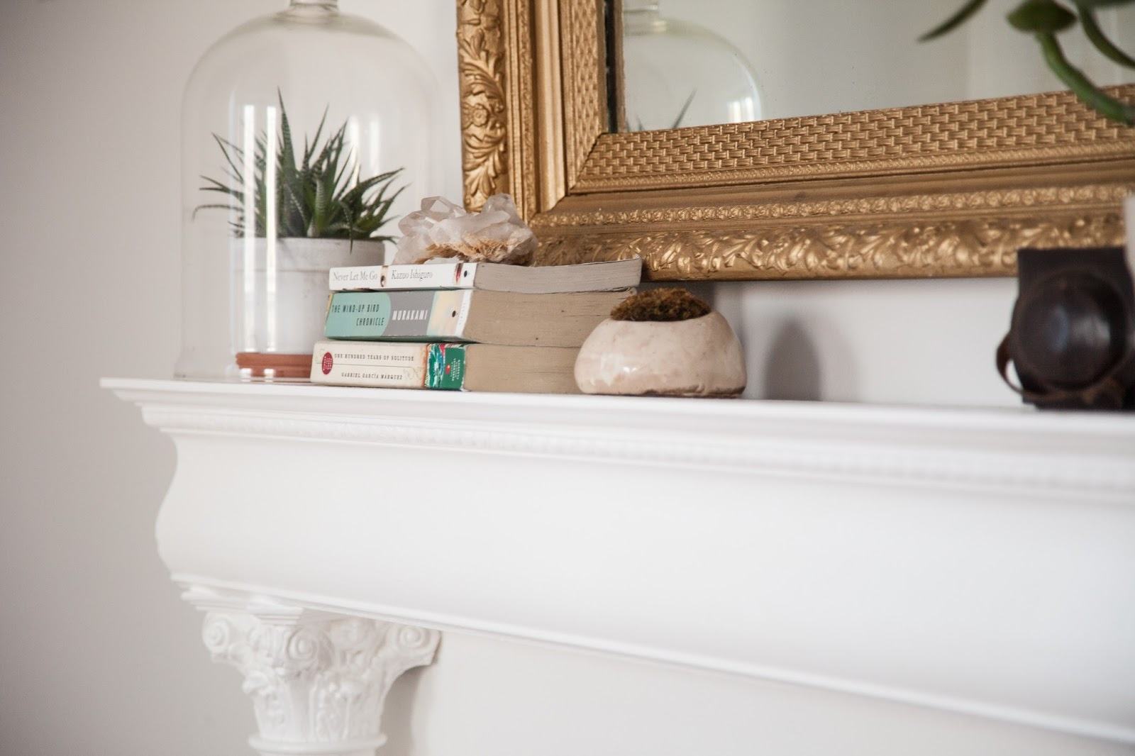 Mantel with Gold Mirror Decor