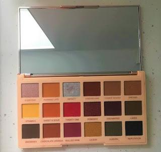 Soph x MakeUp Revolution Extra Spice Palette