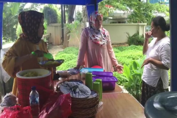 Makan Sepuasnya Cuma 3ribu di Jakarta, Khusus Buat Fakir Miskin, Salut!