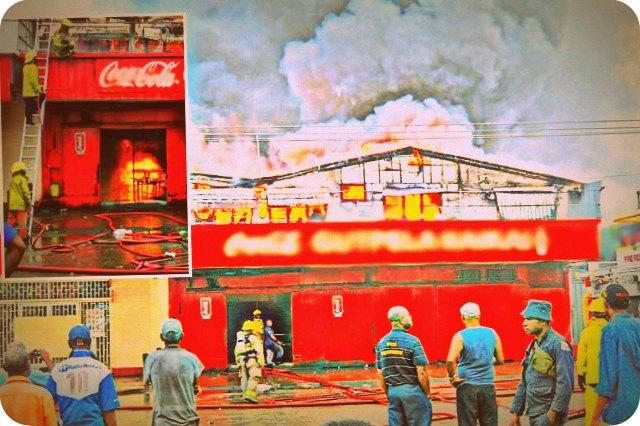 Kebakaran Besar Hanguskan Shopping Centre Boroko