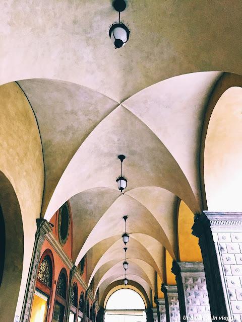 Passeggiata portici di Bologna