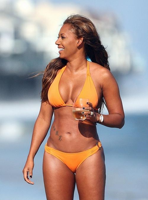 Hayley williams bikini superiorpics-5322