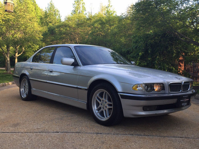 Daily Turismo Be The Boss 2001 BMW 740i E38