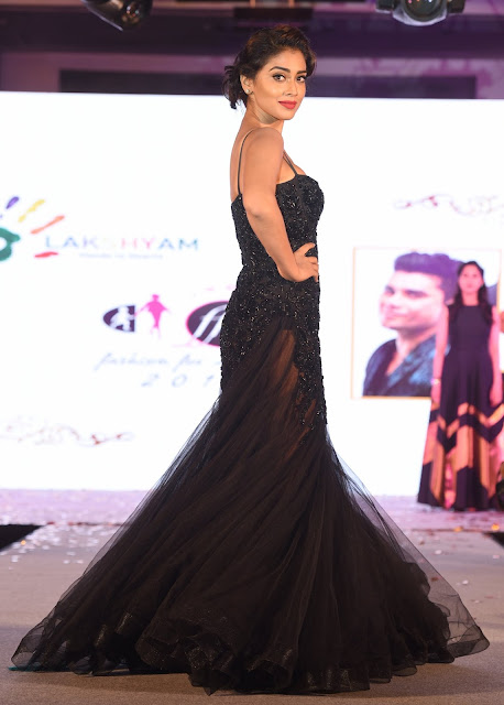 Actress Shriya Saran in Rajat Tangri Creations