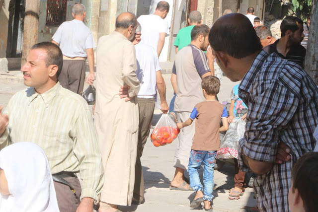 pasar di timur aleppo sayur dan buah 3