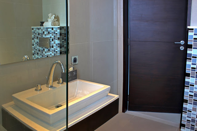 Picture of modern white sink in the bathroom