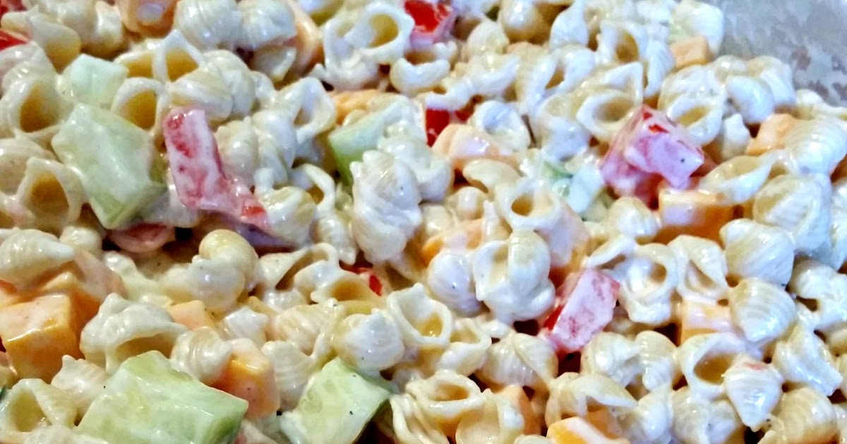 FoodThoughtsOfaChefWannabe: My mom's Macaroni Salad.....kinda