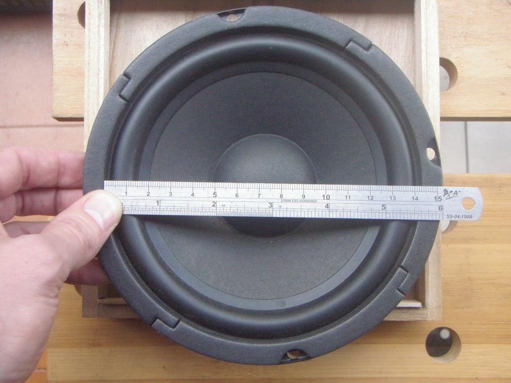 Harman Kardon Car Audio: Building A Noisy Cricket Mk II Amp And Mini Speaker