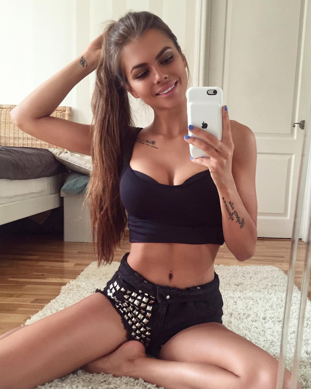 Viki Odintcova Looks Hot in Black Outfit