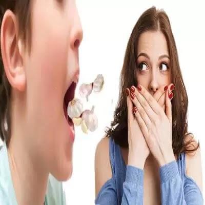 كيف تتخلص من رائحة الثوم