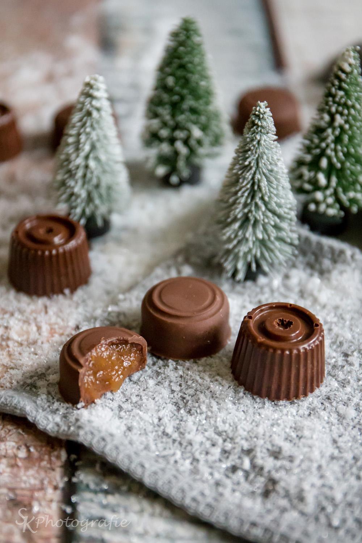 19 t rchen schokoladen pralinen mit apfel zimt f llung und selbstgemachter verpackungsidee. Black Bedroom Furniture Sets. Home Design Ideas