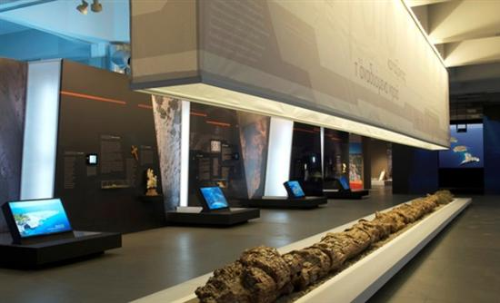 Μαχαιρόδοντες, Δεινοθήρια και Μαμούθ στο Αιγαίο