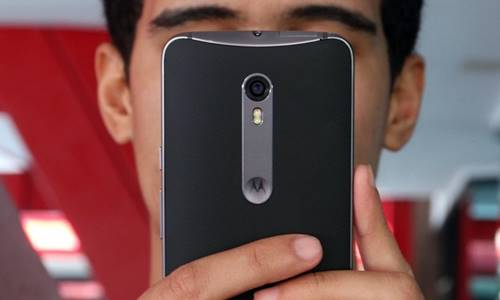 O destaque da câmera do Moto X Style é filmar em 4K