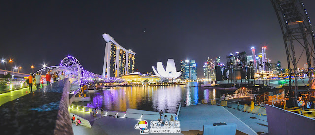 The Helix Bridge, Marina Bay Sands, Art Science Museum all in one place | Singapore South Area
