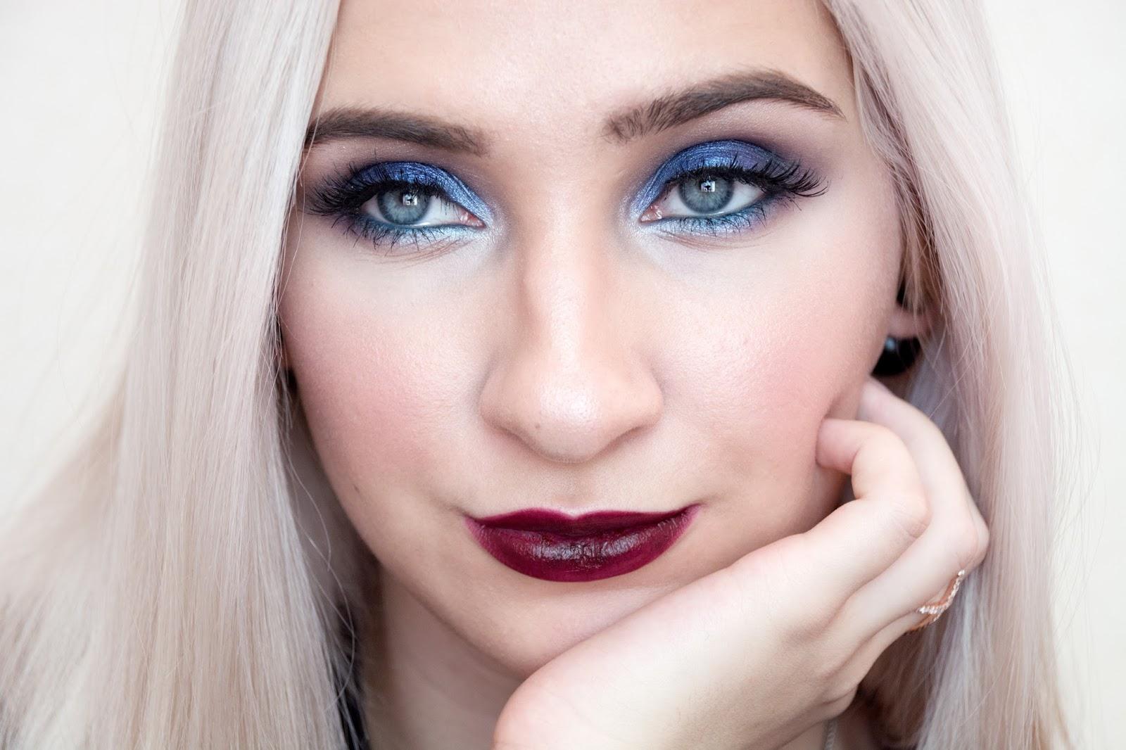 blue smokey eyes makeup