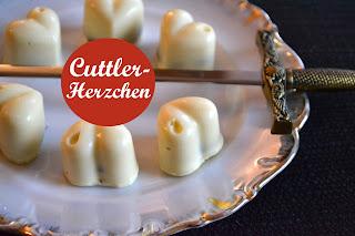 http://www.tharahmeester.com/2016/12/rezept-fur-cuttler-herzchen-reihers.html#.WGGG8H2PeM8