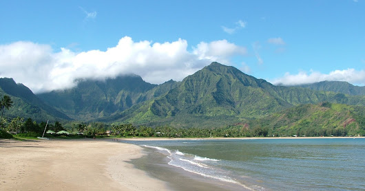 Kauai Wedding Minister suggests Hanalei Bay Beach - Decisions for your Wedding Ceremony