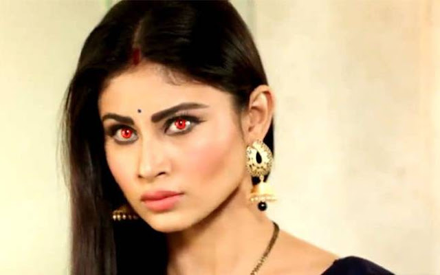 mouni-roy-rye-in-naagin