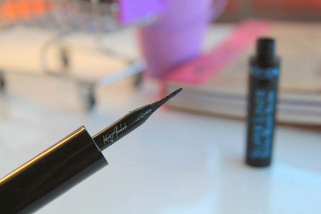 Loreal super liner extra black gloss