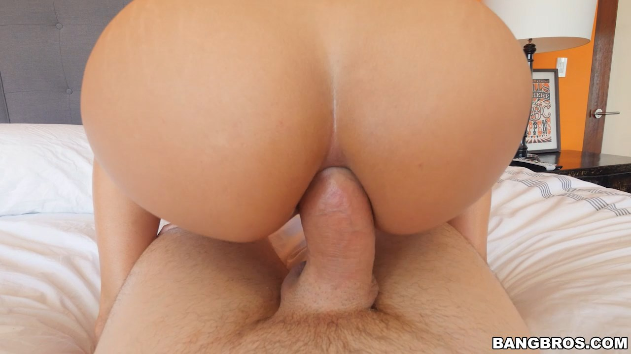 Luna Star Ass