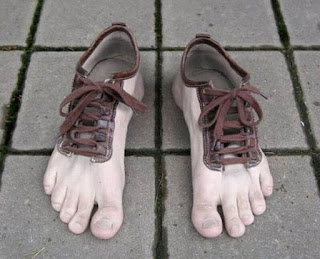 Most Funny Design Of Shoes In Hindi