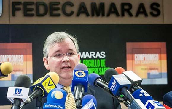 fececamaras-gobierno-no-entrega-dolares-importadores-privados