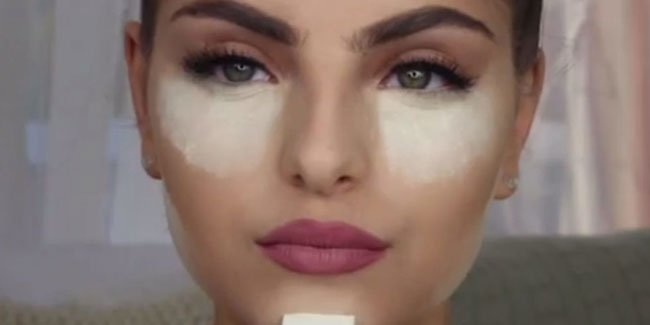 This Woman Puts Baking Soda Under Her Eyes And The Result Is Incredible