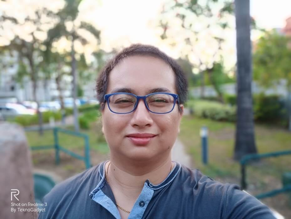 Realme 3 Front Camera Sample - Portrait Selfie with AI Beautification