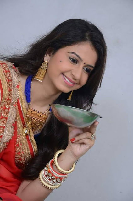 Gujarati Singer Kinjal Dave Facebook Full Hd Photos 2016 -1126