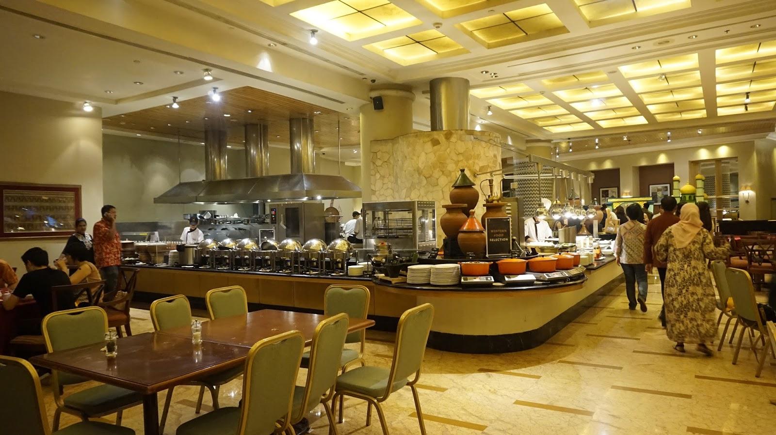 Astrid Amalia Sailendra Restaurant And Cakebox Deli At Jw Marriott Hotel Jakarta