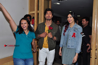 Vidyut Jamwal Adah Sharma Commando 2 Movie Team at Radio Mirchi 95  0042.jpg