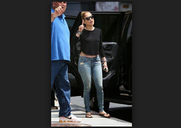 Jennifer Lopez casper