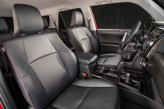 Interior view of 2016 Toyota 4Runner Trail