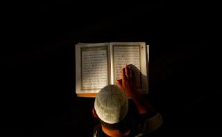 Adakah Manfaat Mengirimkan Doa Al Fatihah Kepada Orang Yang Sudah Meninggal?