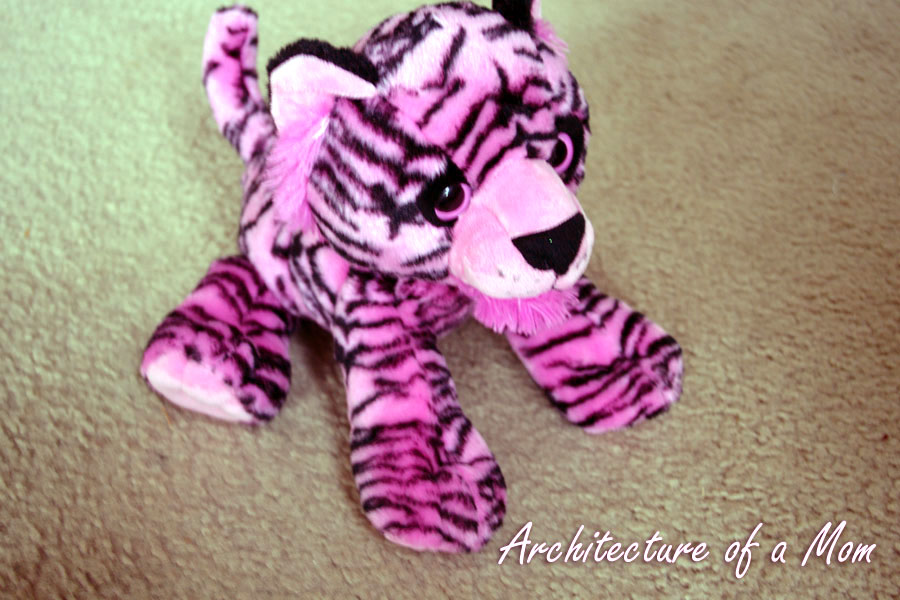 Architecture Of A Mom Simple Stuffed Animal Collar Tutorial