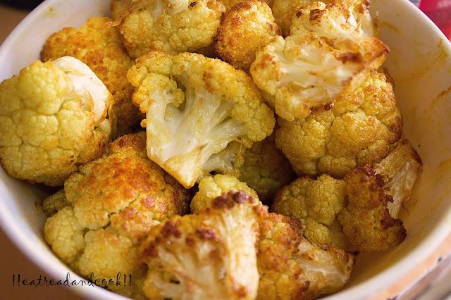 how to cook Paneer Fulkopir Torkari recipe / Cauliflower and Cottage Cheese Curry recipe chana fulkopir torkari