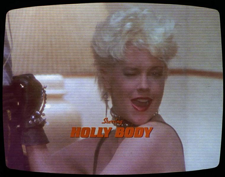 Melanie Griffith als Holly Body in BODY DOUBLE (1984) / Quelle: Screenshot Umbrella Entertainment Blu-ray