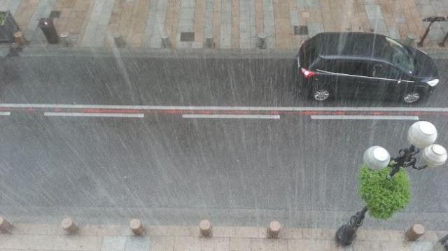 تحذير  بداية من منتصف هذه الليلة : أمطار غزيرة بهذه الولايات موجة برد ورياح قوية (فيديو)