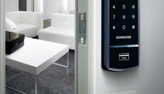 Sử dụng Khóa cửa điện tử chống trộm chuyên nghiệp nhất