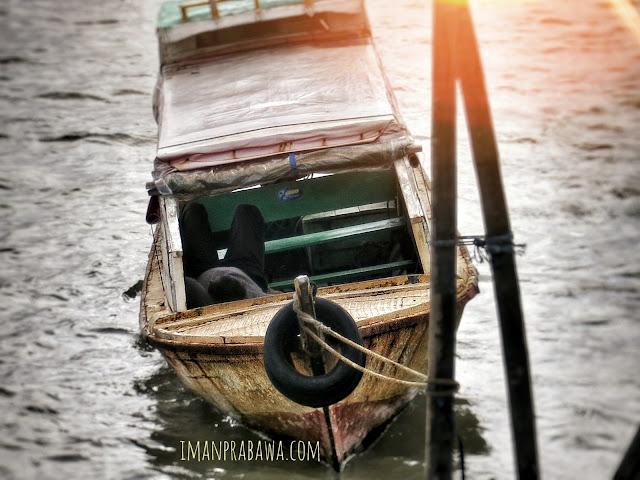 Perahu di Pelabuhan Sri Bintan Pura Edit