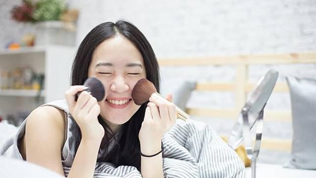 7 Langkah Mudah Tampil dengan Baby Face Makeup