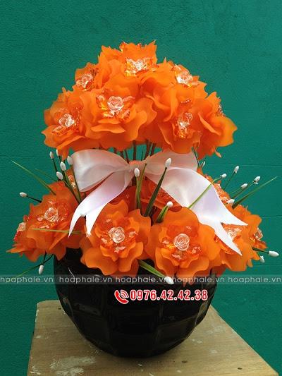 Hoa da pha le tai pho Hang Trong