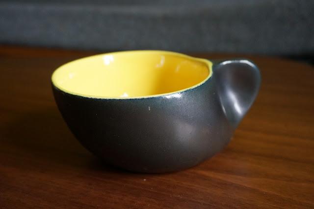 tasse années 50  mid century mug chambost mado jolain ceramic