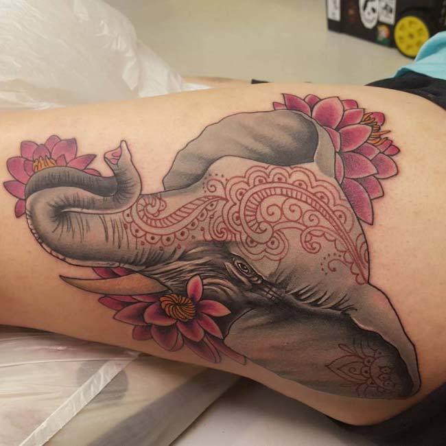 büyük fil dövmesi