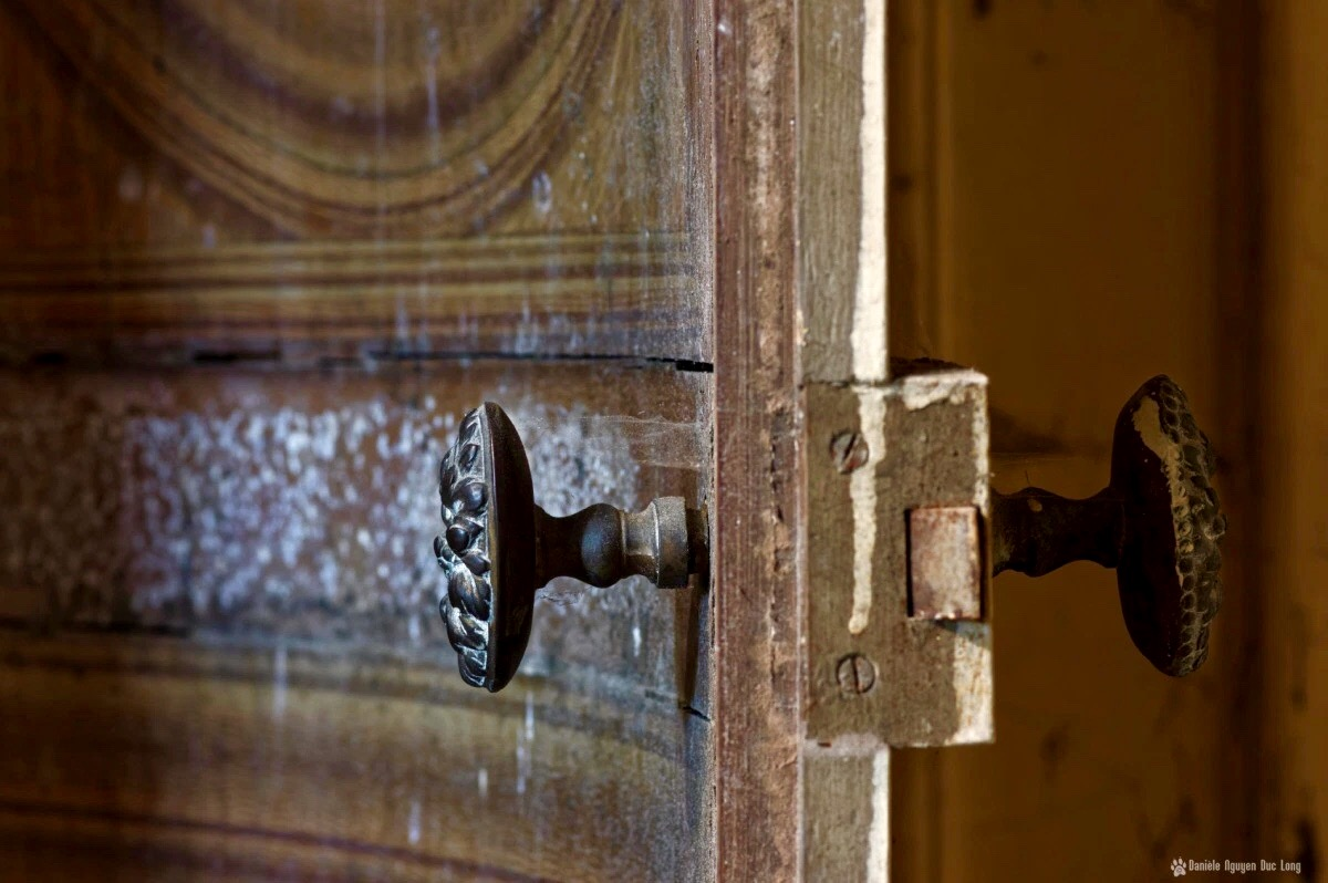 Ave maria les chemins de lumi re que la porte reste - 10 avenue de la porte de menilmontant ...