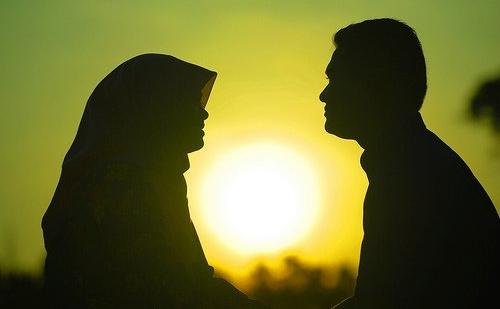 Berhati-Hati Para Wanita, Inilah 9 Perkara Yang Tidak Boleh Dibincangkan Dengan LELAKI..